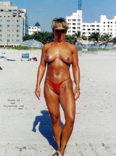 Pic #1 - beach babe 4