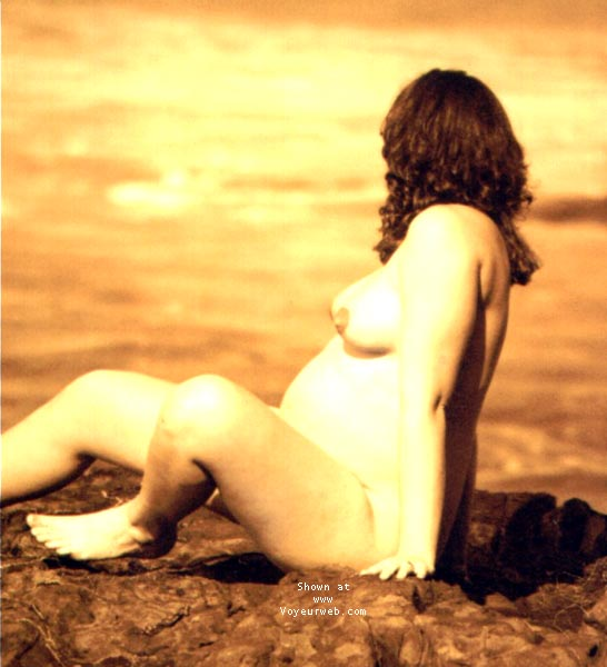 Pic #7 - pregnant Sindy @ the beach II