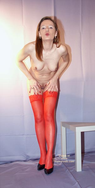 Pic #9 - Susy Rocks In Red Stockings
