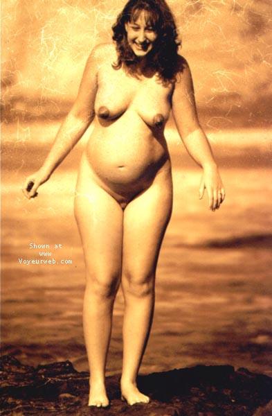 Pic #3 - sindy pregnant @ the beach I