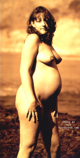 Pic #8 - sindy pregnant @ the beach I