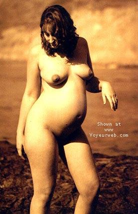 Pic #3 - Sindy Pregnant@the Beach 4