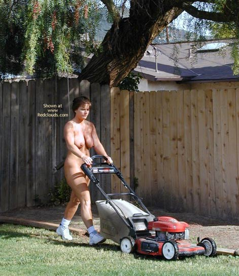 Pic #3 - Tm Doing Yard Work Nude