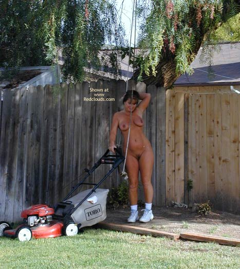 Pic #4 - Tm Doing Yard Work Nude