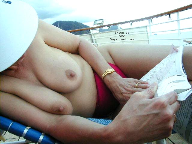 Pic #4 - KATE ON THE TOPLESS DECK