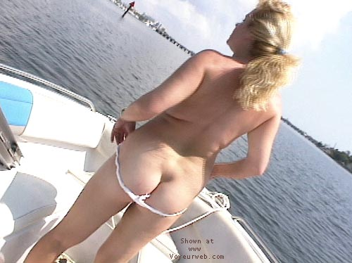 Pic #6 - Bunni On the Boat!
