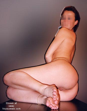 """Pic #8 - Laure in Private """"3"""""""