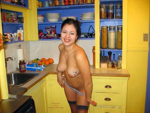 Pic #3 - 23yo Dawn in the Kitchen