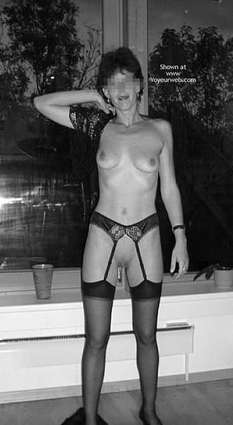 Pic #7 - Austrian Wife In B/W