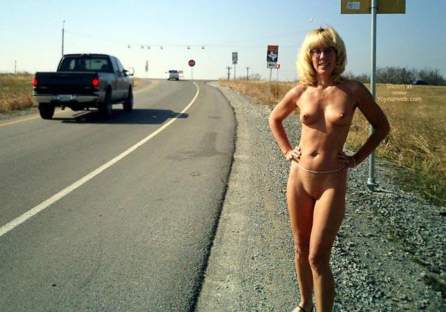 Voyeur panties belly blonde