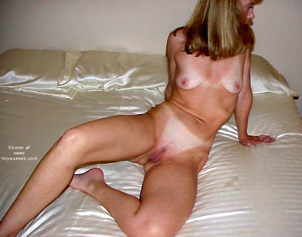 Pic #8 - Natasha Icey Hot!