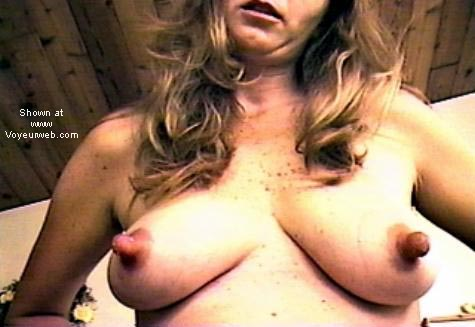 Pic #4 - Big Milky Nipples (Cindy)
