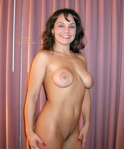 Pic #6 - Bare Naked Lady