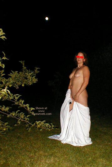 Pic #4 - Gf A Hot Night Outdoors