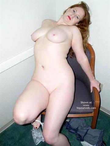 Pic #7 - Amanda - 21 Yo Redhead Gets Down