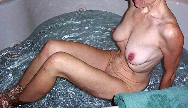 Pic #3 - E In The Tub