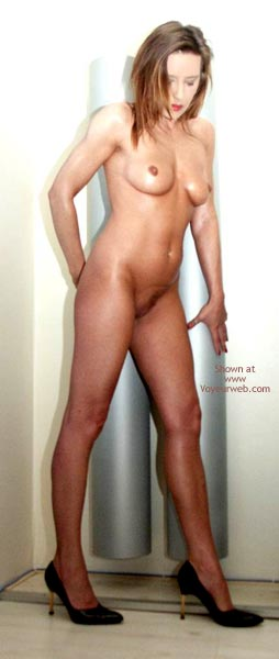 Pic #3 - Susy Rocks...Naked On High Heels