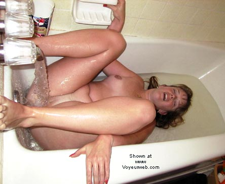 Pic #1 - *WB Andy Enjoys Her Bath