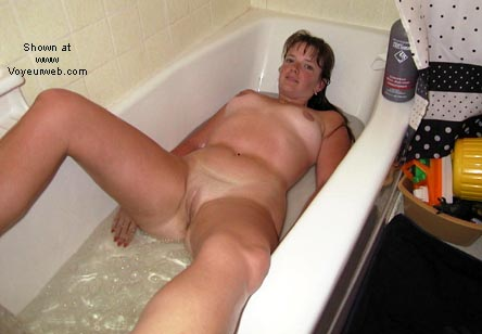Pic #4 - *WB Andy Enjoys Her Bath