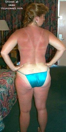 Pic #5 - Sue@40+trying to get suntan