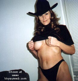 Pic #7 - Texas Girl and her Pussy!