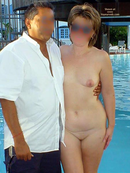 Pic #7 - Midwest Cindy Visits Hedo 1 (Blur)