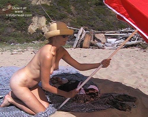 Pic #6 - Bobbi at the Beach