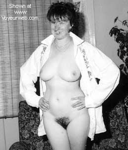 Pic #5 - Ex-GF in her flat