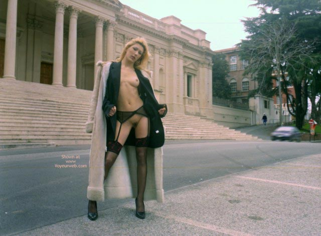 Pic #6 - Maia, Holidays In Roma