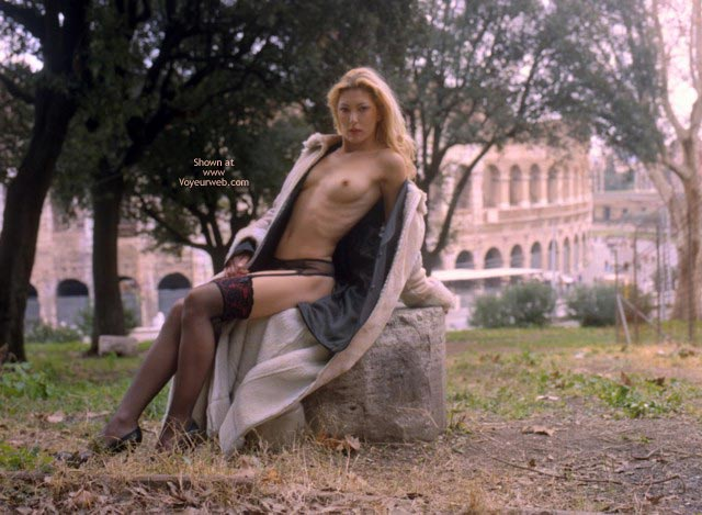 Pic #7 - Maia, Holidays In Roma