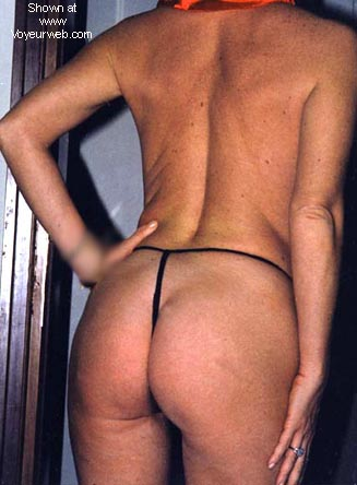Pic #6 - NAKED IN STRING MICROPANTIES (NEW ENTRY, II).