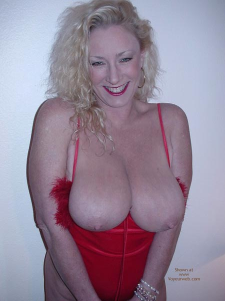 Pic #8 - Red Hot Ashley