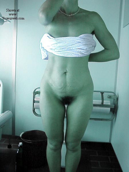 Pic #2 - Lisa in the tanning room