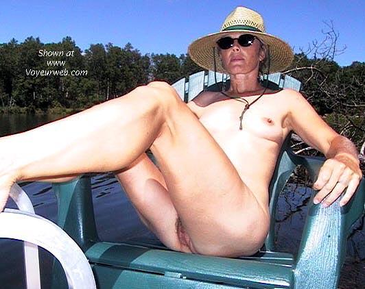 Pic #4 - Bobbi's World-class Legs