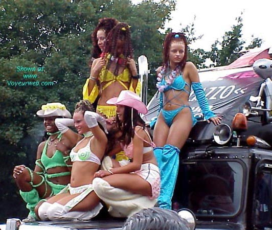 Pic #3 - Love Parade 2000 - Berlin