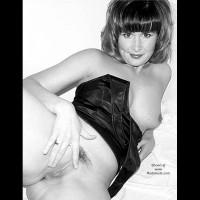 SassyWife Black and White