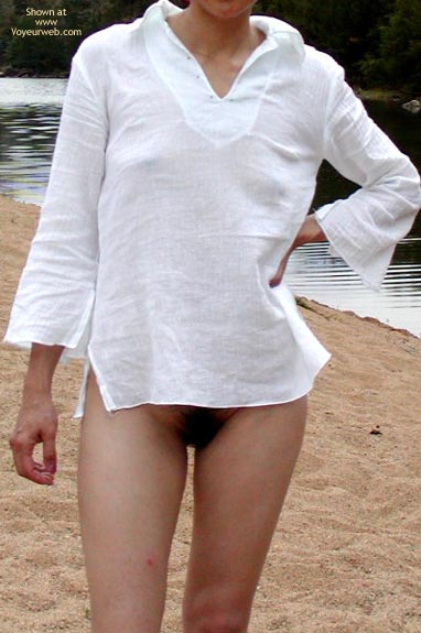 Pic #4 - Pictures Of My Wife On A Nudist Beach