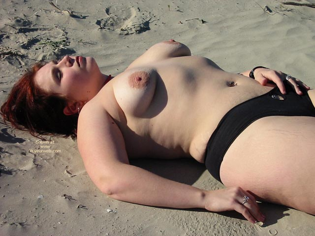 Pic #4 - Kittycrow At The Beach