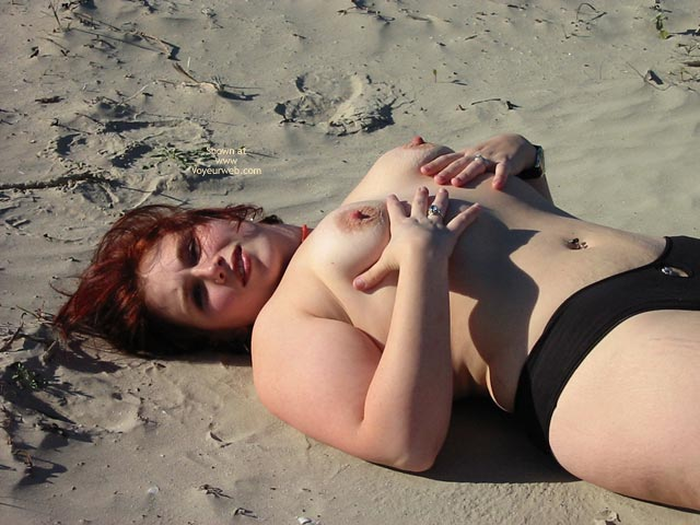 Pic #5 - Kittycrow At The Beach