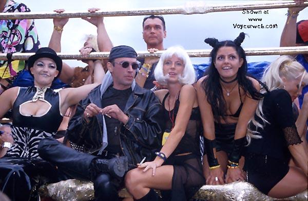 Pic #4 - Loveparade 2000 Part 6
