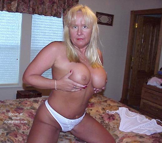 Pic #4 - *RO Blonde and 43