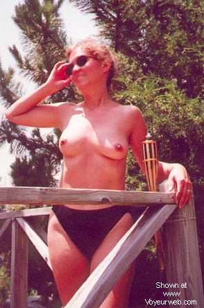 Pic #4 - Nippy's Deck Nudes