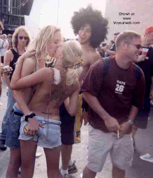 Pic #5 - OZZFEST 2000 -- Camden NJ
