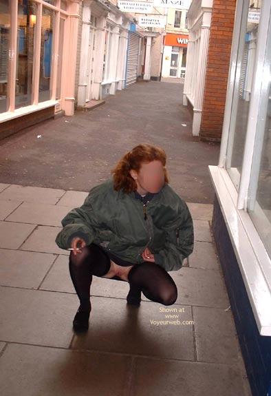Pic #6 - Lara Outside