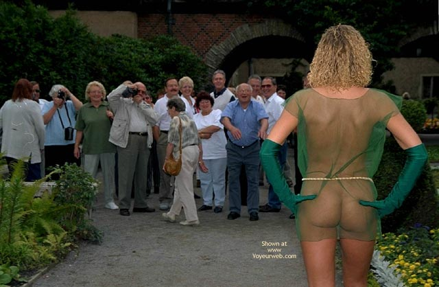 Pic #9 - Naked Annabella And Public Reactions