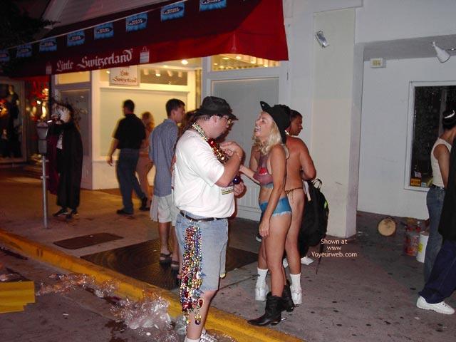 Pic #5 - Key West Fantasy Fest 2002 22