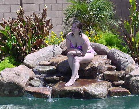 Pic #1 - *UW Wife in the Pool