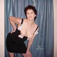 Schelly Dresses Down