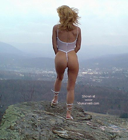 Pic #3 - sexy thong lady