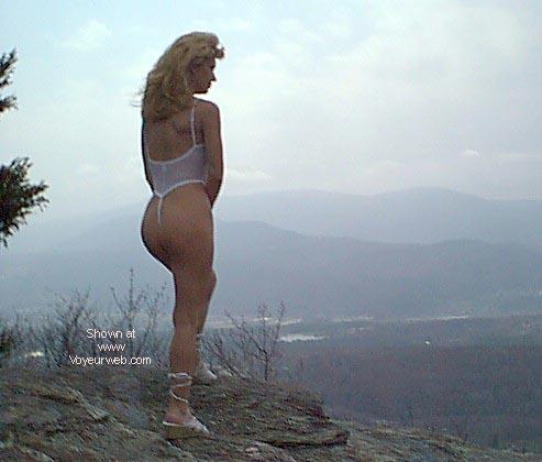 Pic #4 - sexy thong lady